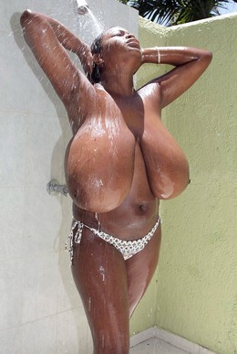 Famous black chick Miosotis washes her..