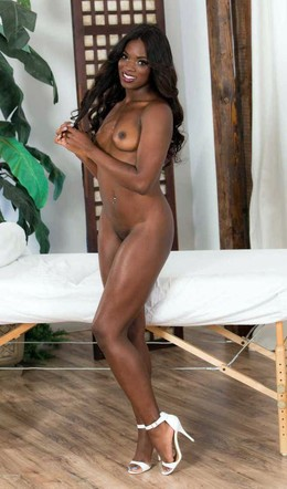 Ana Foxxx is a best black porn model..